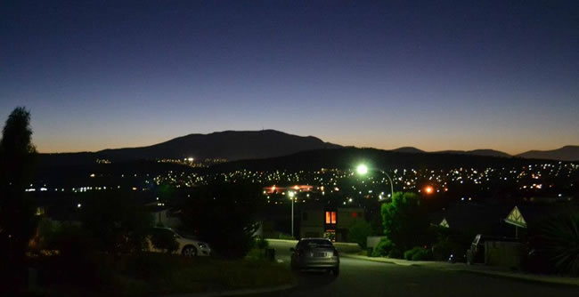 Hobart by night, with Mt Wellington ever present in the background, Hobart, Tasmania, Australia
