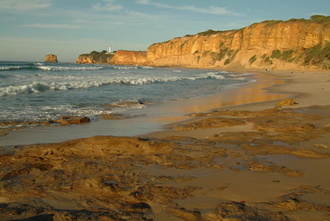 Warm morning at Split Point, Aireys Inlet, Great Ocean Road, Victoria, Australia