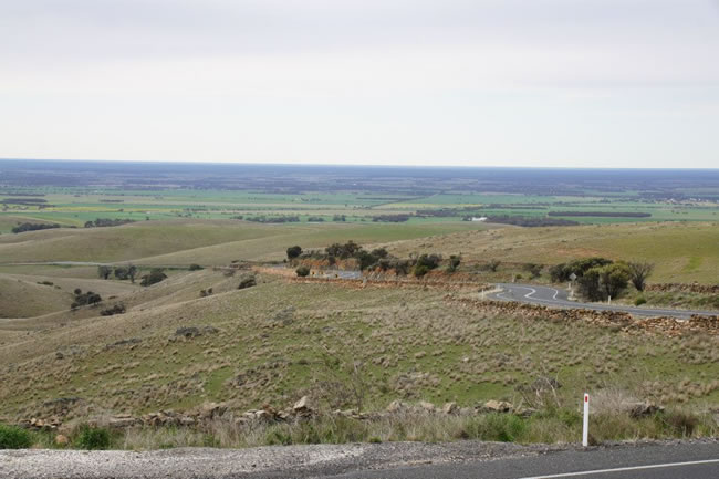 A steep, winding road between Swan Reach and the Barossa Valley, South Australia
