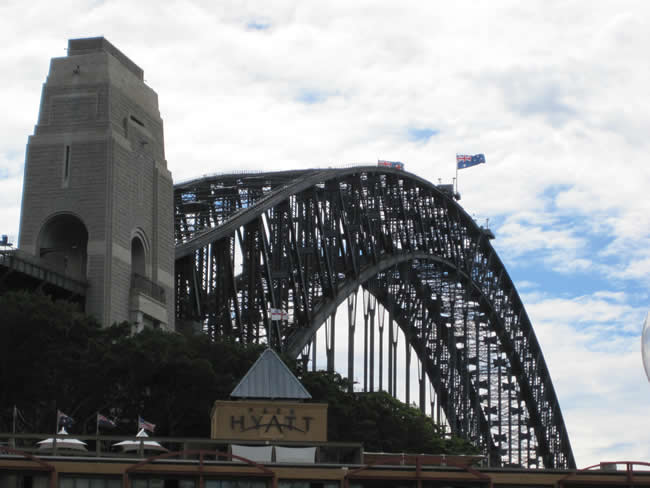 A familiar sight to Sydneysiders. Sydney Harbour Bridge, New South Wales, Australia.