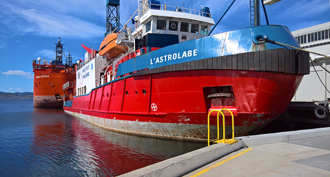 Australia's Antarctic supply ship, the 'Aurora Australis. and the French polar research vessel ''L'Astrolabe', in Hobart, Tasmania, Australia